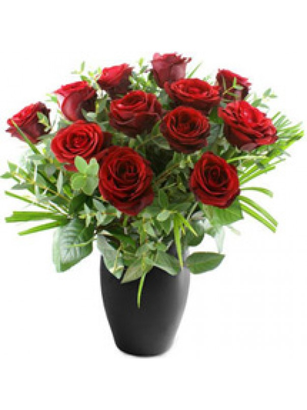 Dozen Red Roses & Free Chocolates