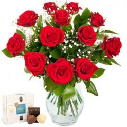 Dozen Roses & Free Chocs